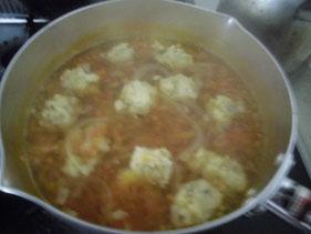 煮込んだトマトスープ