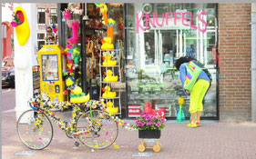 Nice little shops for your Amsterdam souvebirs
