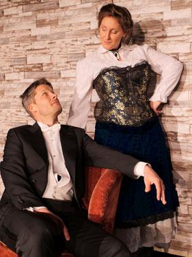 Die lustige Witwe, Magdalena Renwart und Gebhard Heegmann (c) Oper@Tee