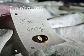 Zettel, Entschuldigung, Ehering