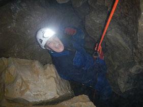 Höhlentour, Höhlentrekking, Höhlenwanderung, Abseilen, Canyoning, Schwäbische Alb, Höhlenexpedition, JGA,  Falkensteiner Höhle, Junggesellenabschied