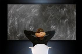 Terapia online. La  distancia no es un  obstáculo para tu bienestar. Sesiones online y a domicilio