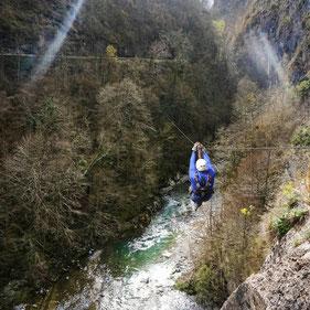 tyrolienne béarn vallée ossau hourat