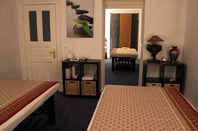 """Genießen Sie eine schöne, gemeinsame Paar Massage im MY THAI SPA Hamburg Rotherbaum - Behandlungsraum 2 """"Lotusblüte"""""""