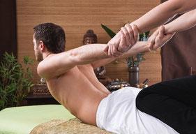 Traditionelle Thai Massage - bei uns das Original gemäß der thailändischen Lehre