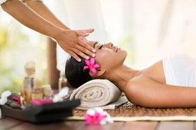 Kopf Nacken Schulter Massage - eine Kopfmassage beruhigt auf angenehme Weise