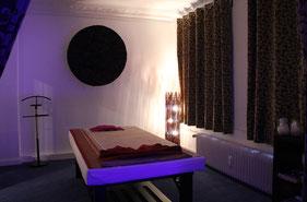 """Behandlungsraum 1 """"Harmonie"""" für herrlich entspannende Wellness & Thai Massagen"""