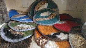 gefilzte Sitzauflagen Schafwolle