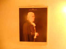 最後のオペラ座カレンダー。12月はバッハのような・・スカルピアを演じるトーマス・ハンプソンでした。