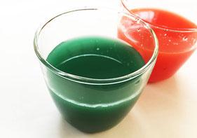 スーパーなどにある着色料にお酢を少量入れ5分ほどつけ置きするだけ