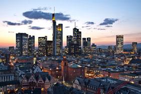 Frankfurt Skyline Hubschrauberflug Deutschland
