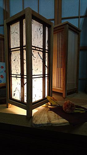 木工品 行灯 和紙仕様