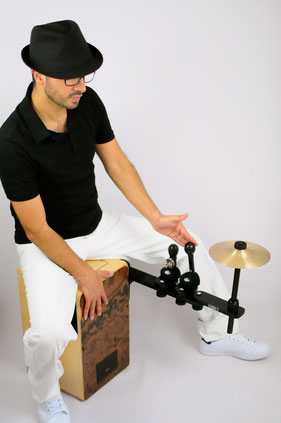 cajon sound bridge shaker jingle cymbal splash tools zusatzinstrument im sitzen spielen add on