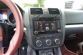 Zenec E2026 im Volkswagen Golf 5
