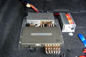DVBT-Tuner und Spannungswandler für Playstation im Auto