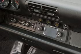 porsche classic im porsche 911 964 1-din-navigation