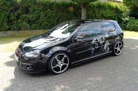Volkswagen Golf 5 mit Showausbau Außenansicht