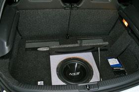 unter dem kofferraumboden versteckt subwoofer verstärker powercap