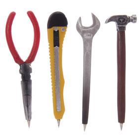 Stylo outil, pince, cutter, clé, marteau