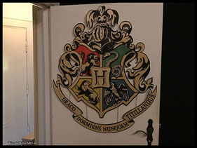 WoodnMetalART Scrollsaw Holzwappen Hogwarts Harry Potter