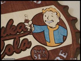 WoodnMetalART Scrollsaw Dekupiersäge Holzlogo Nuka Cola Fallout Vaultboy