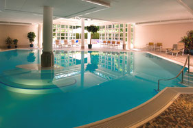 Hotel booking wellness pool