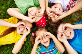 Yoga für Kinder, PEKIP, Babyturnen, Babykurse, Babymassage, Babyzeichensprache, Krabbelgruppe, musikalische Früherziehung, Hückelhoven, Erkelenz, Heinsberg, Wegberg, Kleinkindkurse, Spielgruppe,