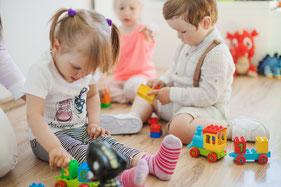 Babykurse, Babymassage, PEKIP, Babyturnen, Babyzeichensprache, Krabbelgruppe, musikalische Früherziehung, Hückelhoven, Erkelenz, Wegberg, Kleinkindkurse, Spielgruppe