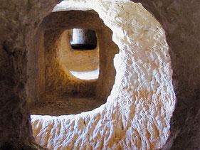 Les Covetes dels Moros (Cuevas de los Moros) Bocairente, Valencia, Comunitat Valenciana.