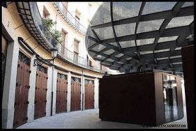Fuente del interior de  la Plaza Redonda de Valencia.