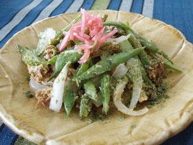 いんげんと豚そぼろ(はんちゅみ)の炒め物