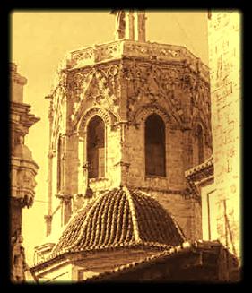 El Miguelete o Micalet, campanario gótico de la catedral de Valencia.