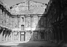 OmoGirando Milano sparita - Il Salone delle Cariatidi