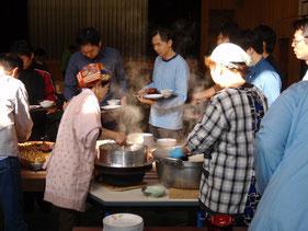 ㈱LASSIC様の企業研修では、2日目の朝食も提供。羽釜で炊いたご飯、天然なめこのお味噌汁など好評でした。