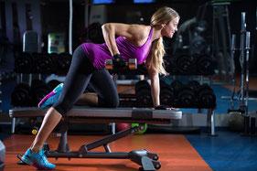 Trainingsschema trainingsschema's workout workoutschema spierkracht ontwikkelen opbouwen triceps
