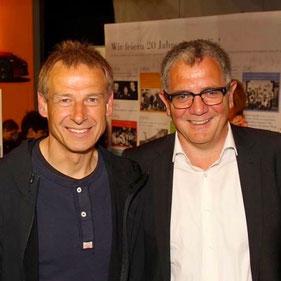 Unsere Studierenden aus dem Studiengang Sportmanagement hatten heute einen Praxisdialog bei Roland Eitel, dem Medienberater von Jürgen Klinsmann, Jogi Löw und Mario Götze.