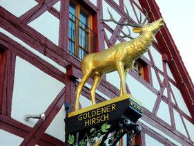 Goldener Hirsch, Berg
