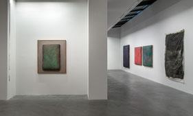 Blick in die Ausstellung Gotthard Graubner im Museum Lothar Fischer. Foto: Andreas Pauly