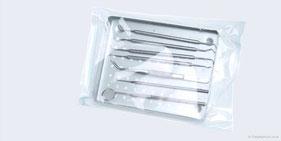 Für Ihre Sicherheit: Sterilisierte Behandlungsinstrumente (© Graphicstock)