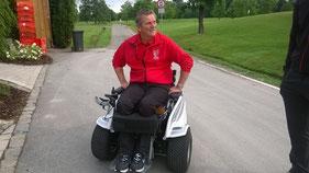 Udo Strohäker mit seinem Paragolfer - Foto Udo Strohäker