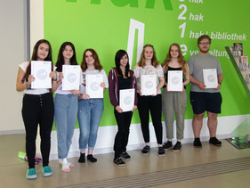 Bild: Einige der erfolgreichen KandidatInnen