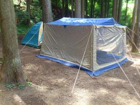 林間サイトの設営例
