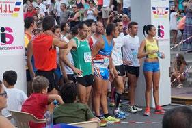 Manuel Serrano, con los colores de nuestro club en el centro de la imagen.