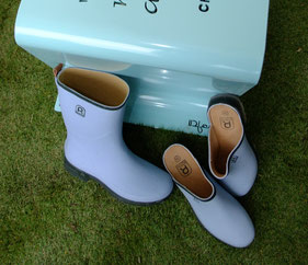 ©Rouchette, Botte Active Limited, une collection capsule coloris pastel bleu