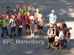 Gruppenbild der Kinder im Tierpark