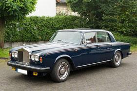 Rolly Royce silver shadow 75th anniversary mit zenec navigation und lautsprecher aussenansicht