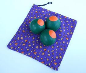 Jonglierbälle Basteln. So sehen Jonglierbälle mit Ballons und Reis aus