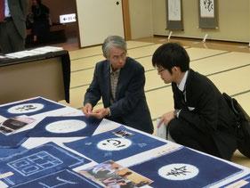 文化祭において取材に答える澤田さん