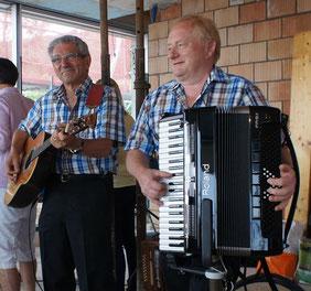 Live-Bilder Aufrichtsfest im Rohbau Juli 2014