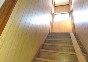 階段の手すり設置 リフォーム前